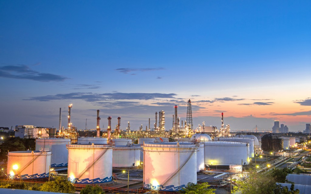 View of oil refinery plant