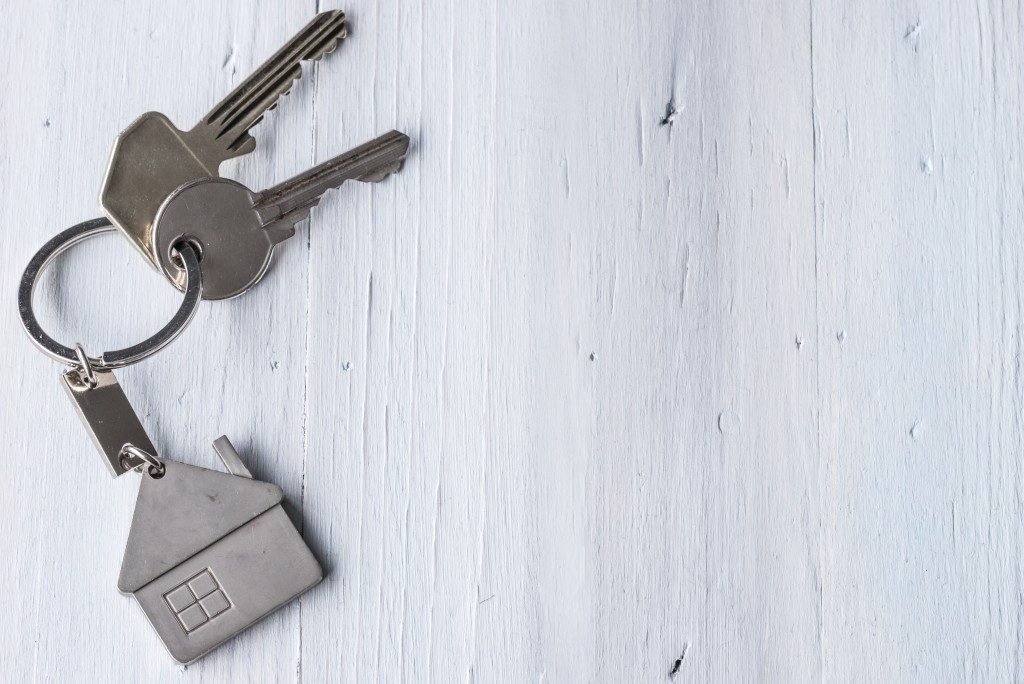 Keys with house keychain