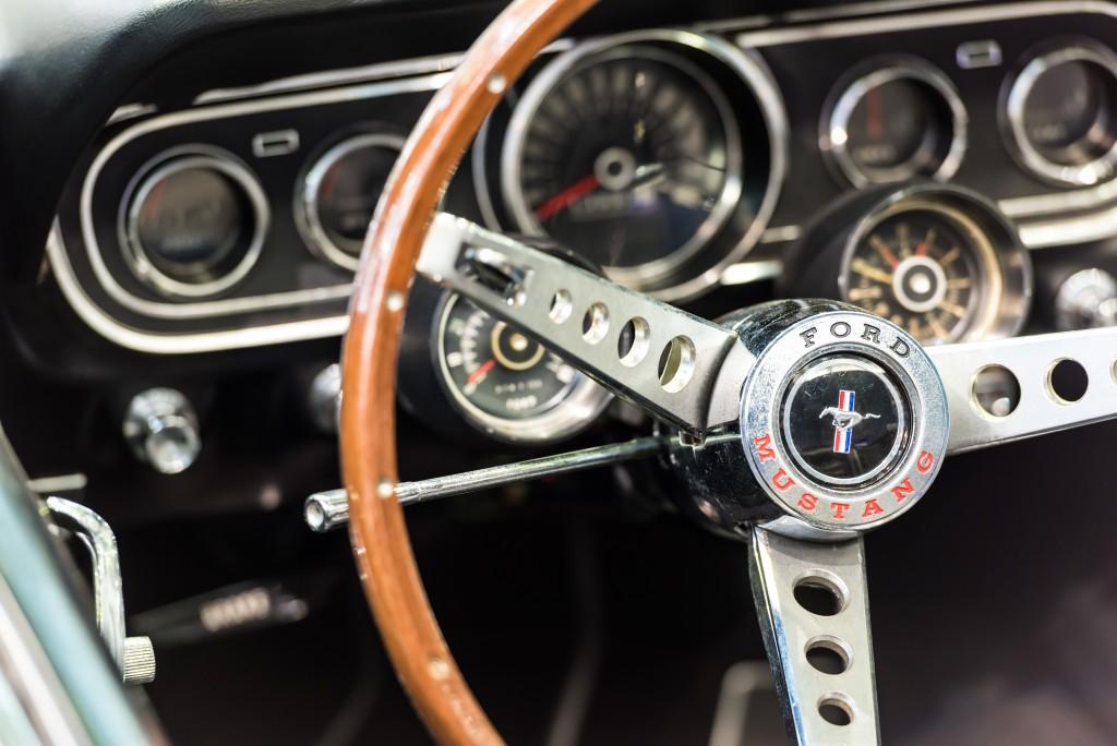 car stirring wheel