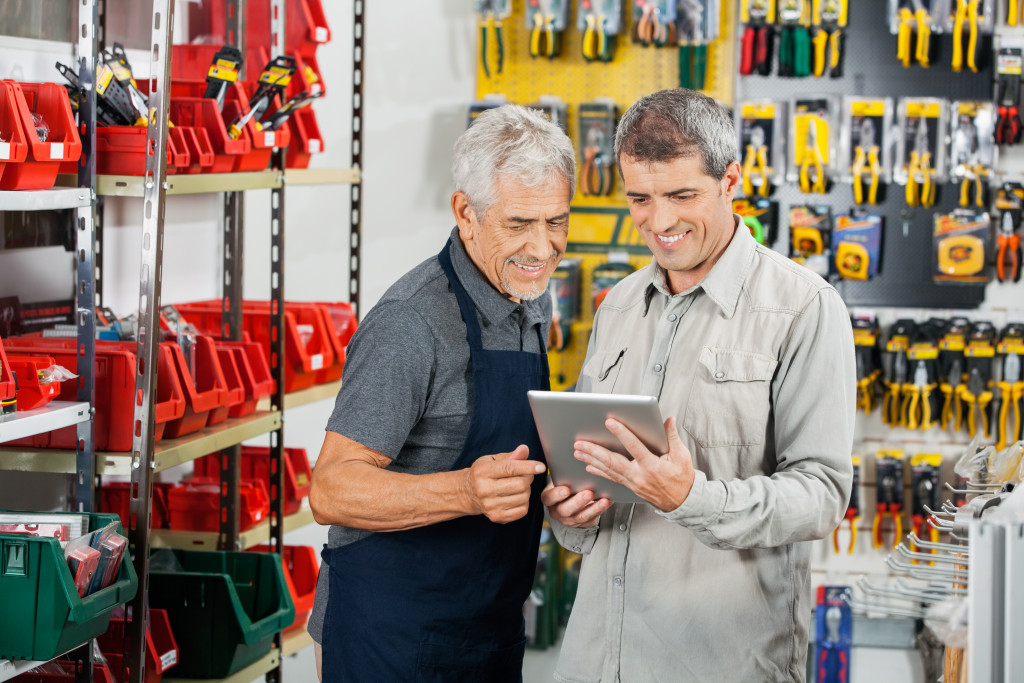 man finalizing deal with supplier